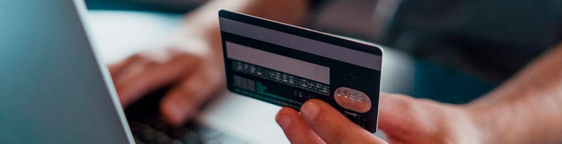 Pagamentos via Cartões de crédito e débito na América Latina.